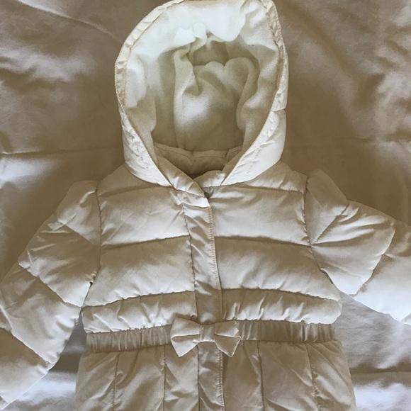Gap NWT Women/'s Ivory Warmest Puffer Coat Jacket w// Poly Fill